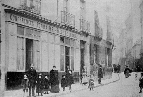 La Mission populaire à Nantes en 1902, rue l'Heronnière.