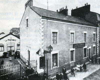 La façade de la Fraternité de Nantes, dans son état initial, 3, rue Amiral Duchaffault, vers 1910